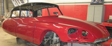 restauration de voiture de collection ds citroen cabriolet d 39 usine et chapron restauration. Black Bedroom Furniture Sets. Home Design Ideas